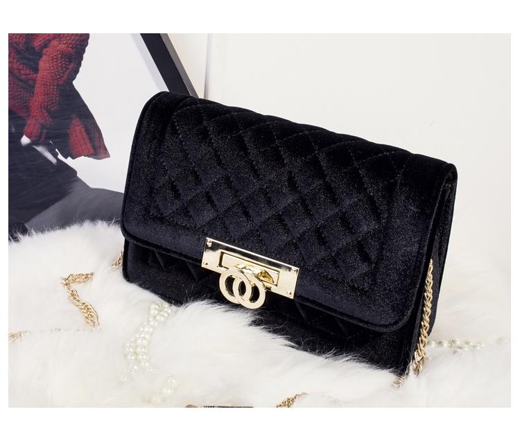 Gucci Inspired Metal Clasp Handbag - black